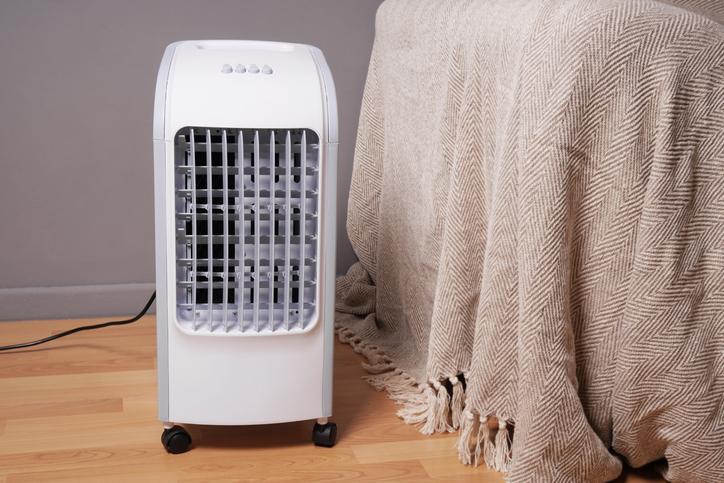 aire acondicionado portatil con ruedas daitsu